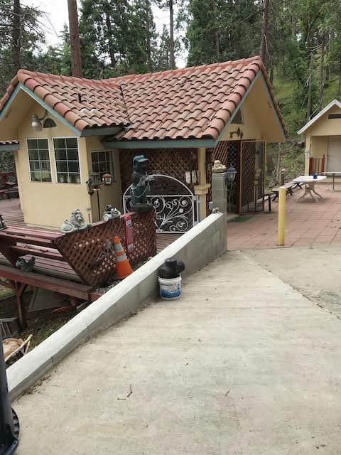 47701 Sugarloaf Drive, Posey, CA 93260 (#205167) :: The Jillian Bos Team