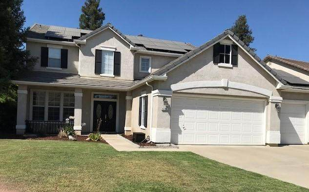 5704 W Sunnyside Drive, Visalia, CA 93277 (#205389) :: The Jillian Bos Team