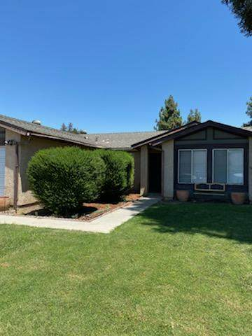 5044 W Darthmouth Avenue, Visalia, CA 93277 (#205865) :: The Jillian Bos Team