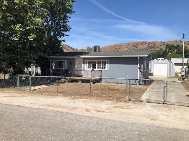 35254 Tule River Drive, Springville, CA 93265 (#206646) :: Martinez Team