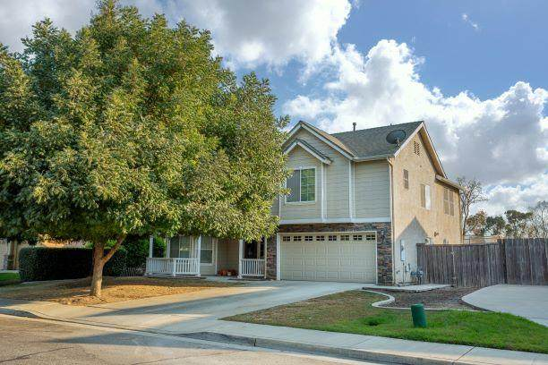 5225 W Modoc Avenue, Visalia, CA 93291 (#207693) :: The Jillian Bos Team