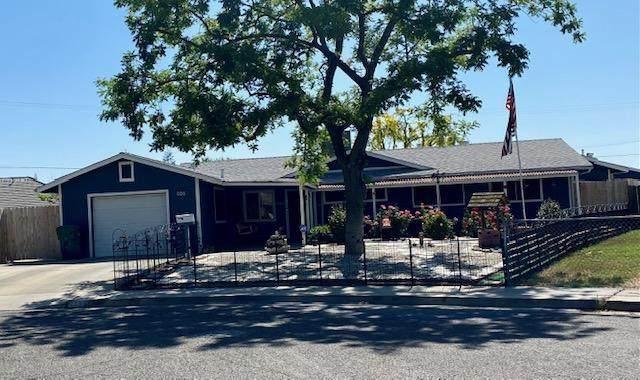 606 Glenn Avenue, Exeter, CA 93221 (#210464) :: Martinez Team
