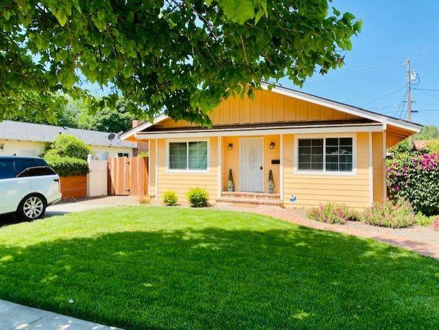 336 Channing Way, Exeter, CA 93221 (#210804) :: The Jillian Bos Team
