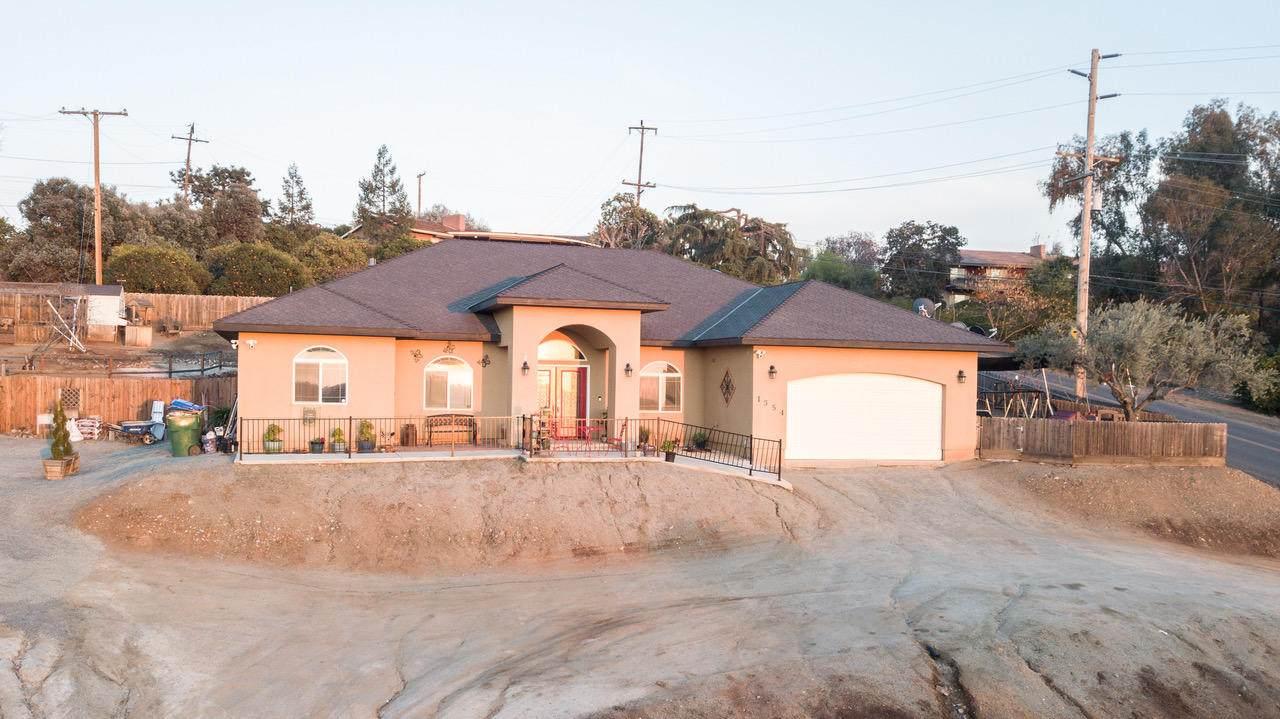 1354 Rancho Vista Avenue - Photo 1