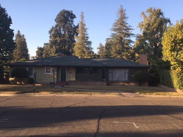 1800 W Meadow Avenue, Visalia, CA 93277 (#133287) :: The Jillian Bos Team
