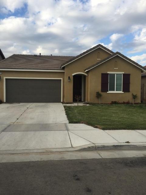 2060 Alexander Avenue, Tulare, CA 93274 (#145778) :: The Jillian Bos Team