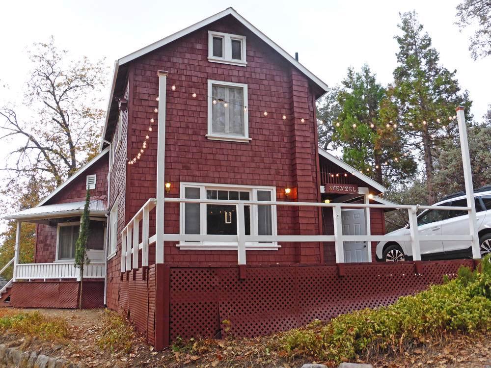 268 Oakwood Road - Photo 1