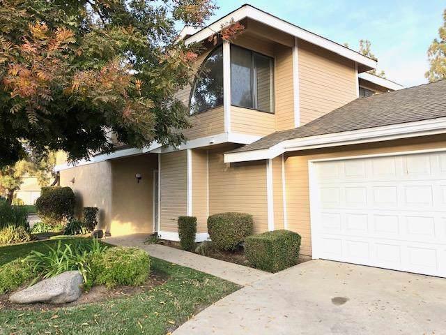 2416 E Sweet Avenue, Visalia, CA 93292 (#201558) :: Martinez Team