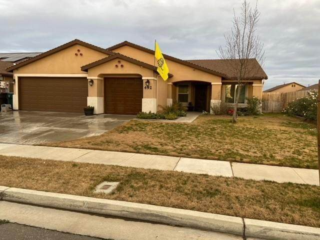 492 Alpha Street, Tulare, CA 93274 (#208946) :: Your Fresno Realty | RE/MAX Gold