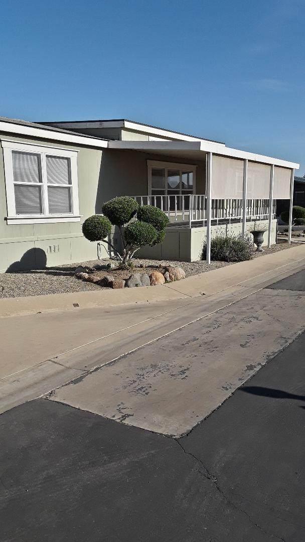 2459 N Oaks Street #57, Tulare, CA 93274 (#210287) :: The Jillian Bos Team