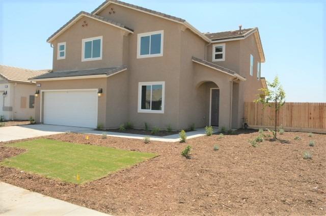 3043 Parks Avenue, Tulare, CA 93274 (#140045) :: Robyn Graham & Associates