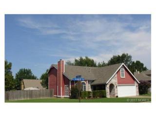 4210 S Sycamore Place, Broken Arrow, OK 74011 (MLS #1710283) :: 918HomeTeam