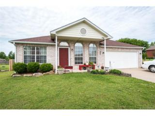 724 N Bixby Street, Coweta, OK 74429 (MLS #1714674) :: The Boone Hupp Group at Keller Williams Realty Preferred