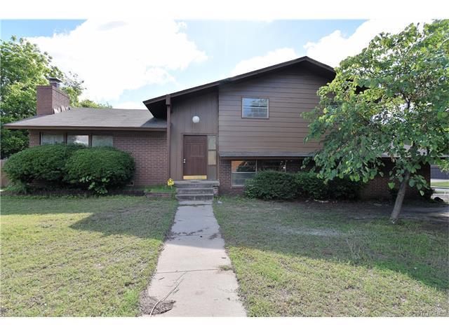 2905 S Cedar Court, Broken Arrow, OK 74012 (MLS #1718405) :: The Boone Hupp Group at Keller Williams Realty Preferred