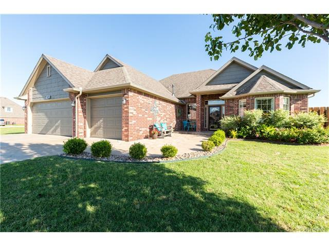 5460 E 144th Street N, Collinsville, OK 74021 (MLS #1723510) :: The Boone Hupp Group at Keller Williams Realty Preferred