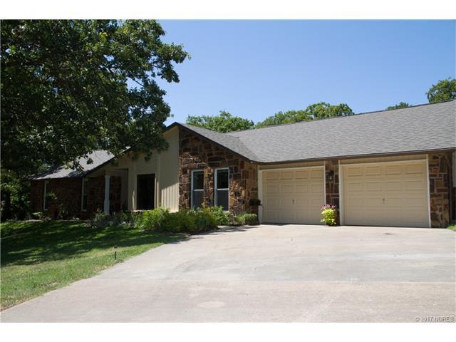 4111 Colonial Drive, Sapulpa, OK 74066 (MLS #1723945) :: The Boone Hupp Group at Keller Williams Realty Preferred