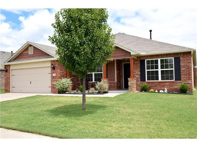 12683 85th East Place, Bixby, OK 74008 (MLS #1724096) :: The Boone Hupp Group at Keller Williams Realty Preferred