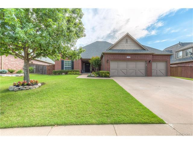 11927 S 90th East Avenue, Bixby, OK 74008 (MLS #1724232) :: The Boone Hupp Group at Keller Williams Realty Preferred
