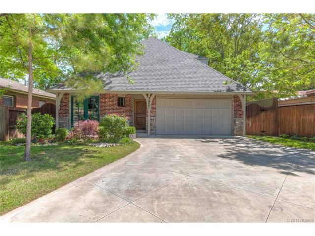 3921 S Norfolk Avenue, Tulsa, OK 74105 (MLS #1724234) :: The Boone Hupp Group at Keller Williams Realty Preferred