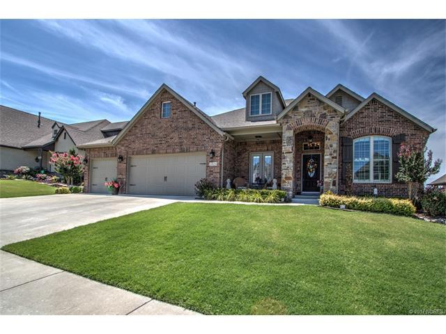 5824 E 145th Place, Bixby, OK 74008 (MLS #1724388) :: The Boone Hupp Group at Keller Williams Realty Preferred