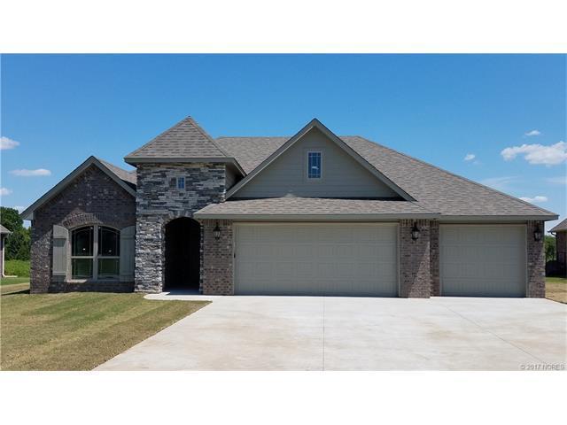 25225 Creek Bank Trail, Claremore, OK 74019 (MLS #1724505) :: The Boone Hupp Group at Keller Williams Realty Preferred