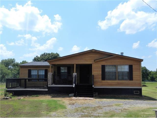 2221 N 84th Street West, Muskogee, OK 74401 (MLS #1727553) :: The Boone Hupp Group at Keller Williams Realty Preferred