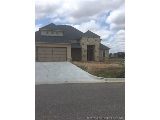 12756 S 4th Street, Jenks, OK 74037 (MLS #1728833) :: The Boone Hupp Group at Keller Williams Realty Preferred