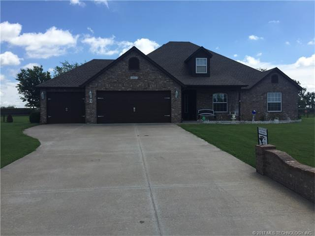 14431 N 72nd East Avenue, Collinsville, OK 74021 (MLS #1731871) :: The Boone Hupp Group at Keller Williams Realty Preferred