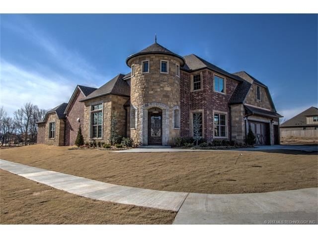 2628 E 136th Street S, Jenks, OK 74037 (MLS #1732226) :: The Boone Hupp Group at Keller Williams Realty Preferred