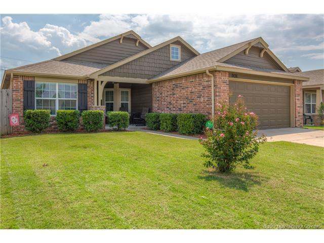 8436 E 160th Place S, Bixby, OK 74008 (MLS #1732406) :: The Boone Hupp Group at Keller Williams Realty Preferred
