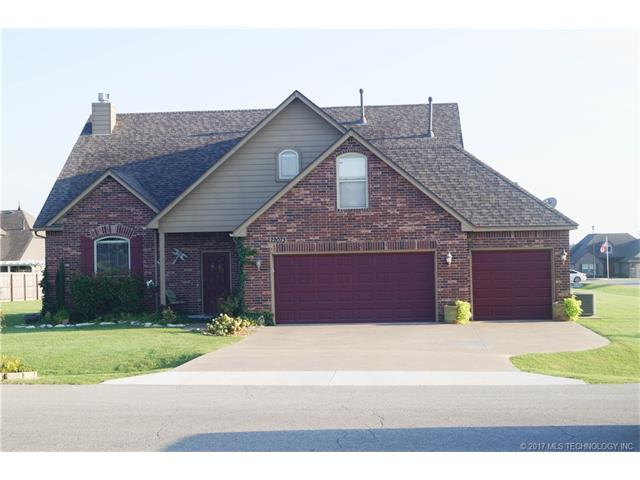 22073 115th Place, Broken Arrow, OK 74014 (MLS #1732466) :: The Boone Hupp Group at Keller Williams Realty Preferred
