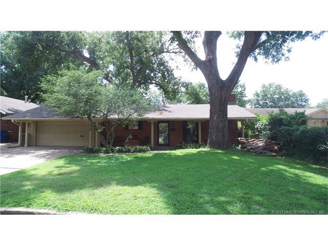 4332 E 60th Place, Tulsa, OK 74135 (MLS #1732613) :: The Boone Hupp Group at Keller Williams Realty Preferred