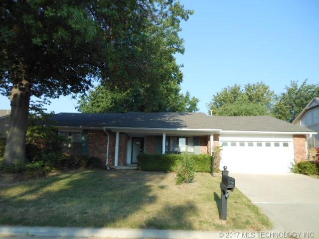 8132 S 76th East Avenue, Tulsa, OK 74133 (MLS #1734014) :: The Boone Hupp Group at Keller Williams Realty Preferred