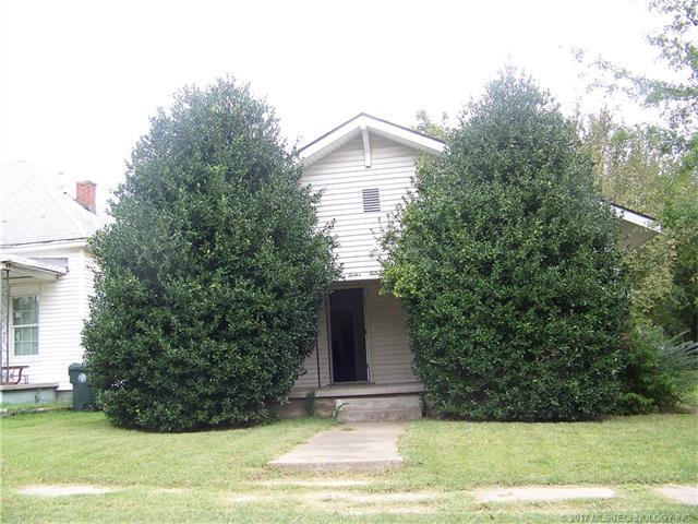 1214 Ellsworth Street, Muskogee, OK 74403 (MLS #1737178) :: The Boone Hupp Group at Keller Williams Realty Preferred