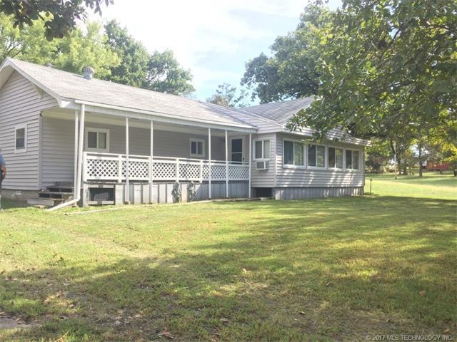 429717 E 1148 Road, Porum, OK 74455 (MLS #1737487) :: The Boone Hupp Group at Keller Williams Realty Preferred
