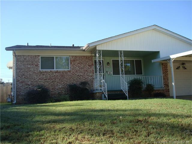 4628 E 2nd Street, Tulsa, OK 74112 (MLS #1737891) :: The Boone Hupp Group at Keller Williams Realty Preferred