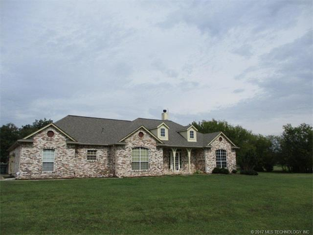 5400 W Country Circle, Skiatook, OK 74070 (MLS #1738487) :: The Boone Hupp Group at Keller Williams Realty Preferred