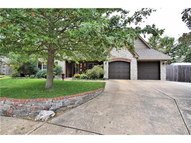 12016 S Birch Court, Jenks, OK 74037 (MLS #1738604) :: The Boone Hupp Group at Keller Williams Realty Preferred