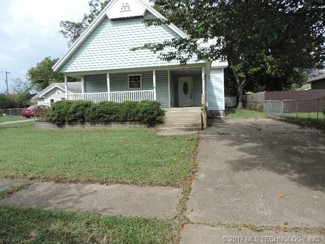 1137 E Mcleod Avenue, Sapulpa, OK 74066 (MLS #1738931) :: The Boone Hupp Group at Keller Williams Realty Preferred