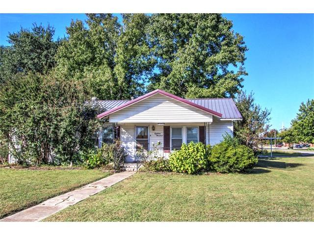 1800 S Ridgeway Street, Sapulpa, OK 74066 (MLS #1739090) :: The Boone Hupp Group at Keller Williams Realty Preferred