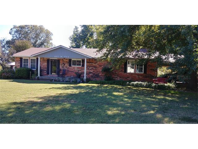 105 W Ivy Avenue, Coalgate, OK 74538 (MLS #1740016) :: The Boone Hupp Group at Keller Williams Realty Preferred