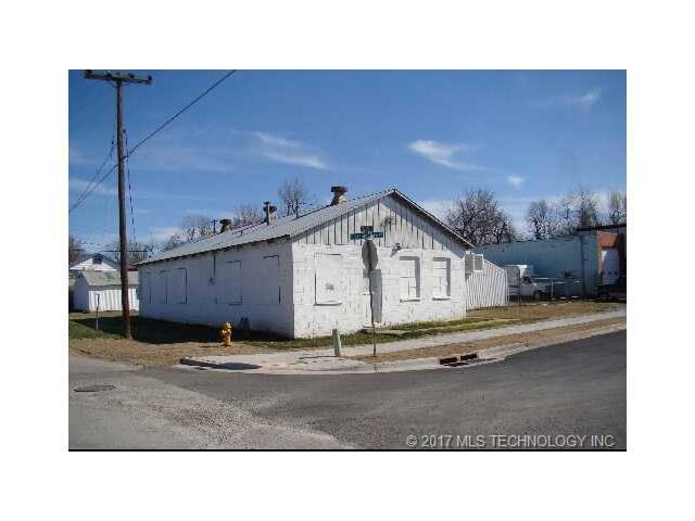 921 Birmingham Avenue, Tulsa, OK 74110 (MLS #1740970) :: The Boone Hupp Group at Keller Williams Realty Preferred