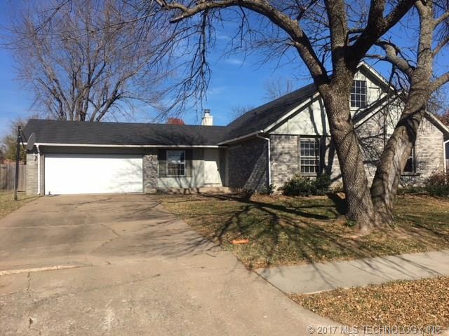 820 W Waco Street, Broken Arrow, OK 74011 (MLS #1743663) :: The Boone Hupp Group at Keller Williams Realty Preferred