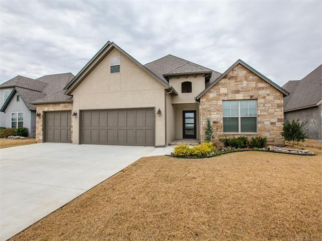 11526 S Ash Street, Jenks, OK 74037 (MLS #1744365) :: The Boone Hupp Group at Keller Williams Realty Preferred