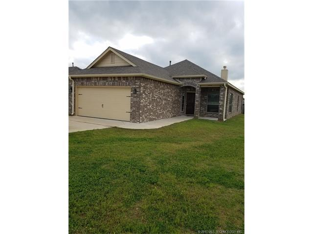 14142 S 268th East Avenue, Coweta, OK 74429 (MLS #1744700) :: The Boone Hupp Group at Keller Williams Realty Preferred