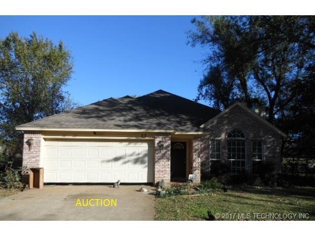 13865 S 304th East Avenue, Coweta, OK 74429 (MLS #1745124) :: The Boone Hupp Group at Keller Williams Realty Preferred