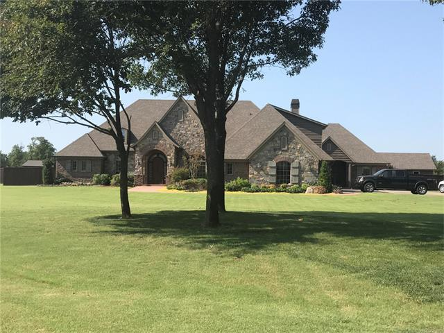 24754 E 143rd Street S, Coweta, OK 74429 (MLS #1745212) :: The Boone Hupp Group at Keller Williams Realty Preferred