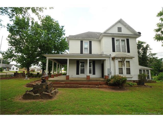 504 S Broadway Street, Coweta, OK 74429 (MLS #1745221) :: The Boone Hupp Group at Keller Williams Realty Preferred