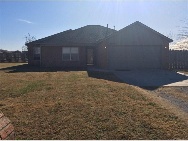11990 Gunsmoke Drive, Collinsville, OK 74021 (MLS #1745328) :: The Boone Hupp Group at Keller Williams Realty Preferred