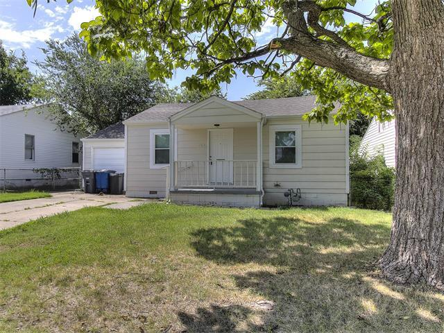 7216 E 4th Place, Tulsa, OK 74112 (MLS #1745373) :: The Boone Hupp Group at Keller Williams Realty Preferred
